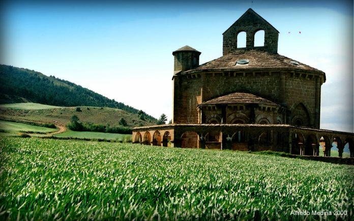 Santa María de Eunate (Muruzábal) Navarra. ESPAÑA