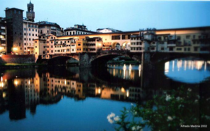 Ponte Vecchio (Florencia) Toscana. ITALIA
